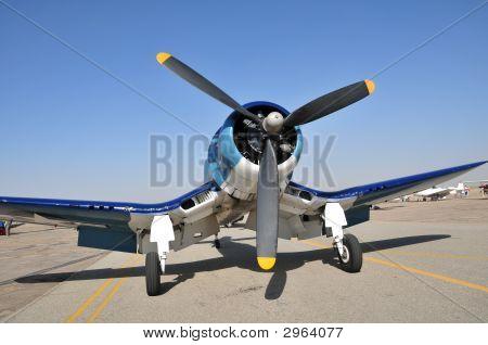 ChanceVought F4U4 Corsair