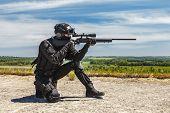 Постер, плакат: Police sniper in action