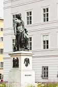 foto of mozart  - An image of the nice Mozart statue in Salzburg - JPG
