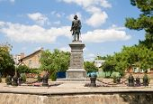 picture of emperor  - Monument of Russian Emperor - JPG