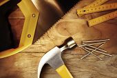 image of sawing  - Hammer - JPG