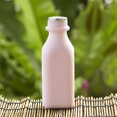 pic of milk-pint  - Fresh Milk strawberry flavor in Plastic bottle - JPG