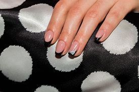 picture of nail paint  - Beautiful manicure nails - JPG