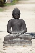 foto of siddhartha  - Black statue of the buddha in Thailand - JPG