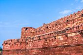 picture of mughal  - The Agra fort built by the Mughals in the Indian State of Uttar Pradhesh - JPG