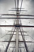 pic of sparring  - Maritime Naval Rigging of an old merchant clipper - JPG