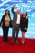 LOS ANGELES - MAY 16:  Stella Arroyave, Anthony Hopkins and Niece arrive at the American Idol Seaon