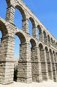 picture of aqueduct  - view of the aqueduct of Segovia - JPG