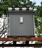 picture of transformer  - Close - JPG