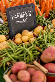 pic of solanum tuberosum  - Fresh organic produce on sale at the local farmers market. ** Note: Shallow depth of field - JPG