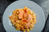 image of endive  - Farfalle with tomato sauce and roasted salmon fresh endive salad - JPG