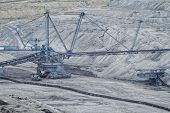 picture of open-pit mine  - Coal mining in an open pit  - JPG