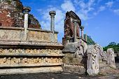 foto of polonnaruwa  - Polonnaruwa  Ancient Vatadage built for  sacred tooth relic - JPG