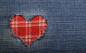 pic of applique  - Heart symbol in denim trimmed with other tissue - JPG
