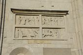 picture of building relief  - Bas relief - JPG