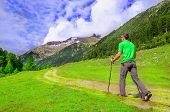 image of south-pole  - Mountaineer in a green t - JPG