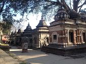 pic of hindu-god  - Live structure about the history about hindu god Lord Shiva temple - JPG