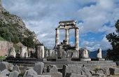 pic of oracle  - Tholos of the temple of Athena in Delphi - JPG