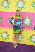 LOS ANGELES - MAR 23:  Fergie aka Stacy Ferguson arrives at Nickelodeon's 26th Annual Kids' Choice A