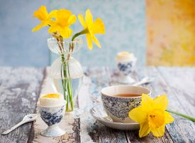 pic of boil  - Breakfast table setting with tea - JPG