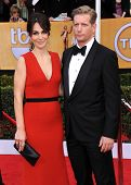 LOS ANGELES - JAN 27:  Annie Parisse & Paul Sparks arrives to the SAG Awards 2013  on January 27, 20