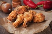 picture of southern fried chicken  - Southern fried chicken wings - JPG