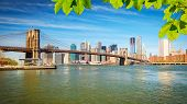 foto of brooklyn bridge  - Brooklyn bridge and Manhattan - JPG