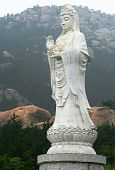 A Guanyin Colossus in Lao Shan