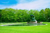 image of chopin  - Lazenki park with famouse Chopin statue - JPG