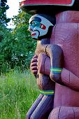 foto of totem pole  - Totem Pole in Stanley Park Vancouver British Columbia - JPG