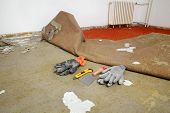 foto of carpet  - Home renovation carpet remove in a room tools - JPG