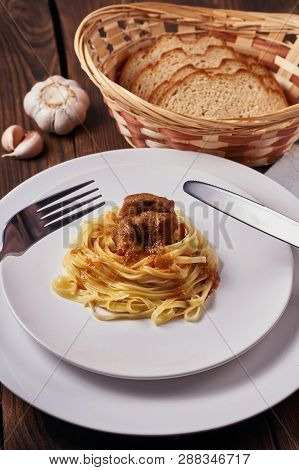 Tagliatelle With Thick Veal Sauce
