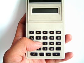 picture of statistician  - the use of calculator - JPG