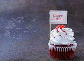foto of red velvet cake  - festive red velvet cupcakes with a gift compliment card - JPG