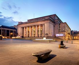 picture of city hall  - Sheffield city hall building illuminated at night - JPG