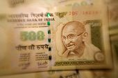 picture of mahatma gandhi  - Lensbaby image of Indian currency  - JPG