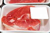 picture of rayon  - Variety of meat slices in boxes in supermarket - JPG