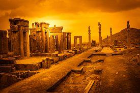 pic of incredible  - Ruins of the ancient city Persepolis in Iran  - JPG