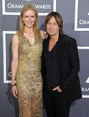 LOS ANGELES - FEB 10:  Nicole Kidman & Keith Urban arrives to the Grammy Awards 2013  on February 10