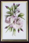 pic of nick-nack  - Closeup of framed ornamental porcelain roses  - JPG
