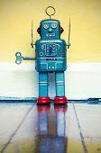picture of freeze  - freez robot on wooden floor  - JPG