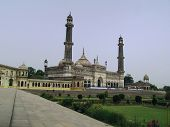 pic of imambara  - The grand asafi masjid of lucknow viewed from the corner of the platform of imambara - JPG