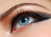 picture of blue eyes  - Make - JPG