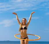 picture of denude  - Exercise Hula Joy  - JPG