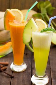 picture of honeydew melon  - Two glasses of refreshing melon juices - JPG