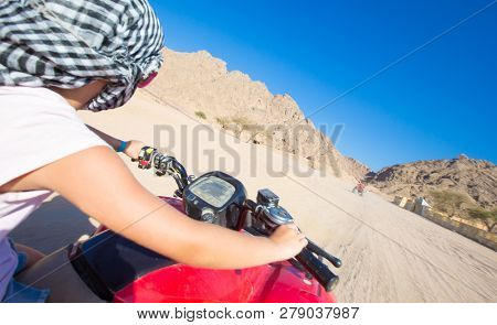 motorcycle safari egypt people travel