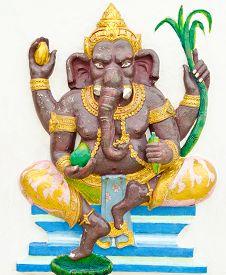stock photo of avatar  - God of success 1 of 32 posture - JPG