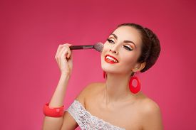 foto of face-powder  - Beauty Girl with Makeup Brush - JPG