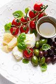 foto of kalamata olives  - Mozzarella - JPG